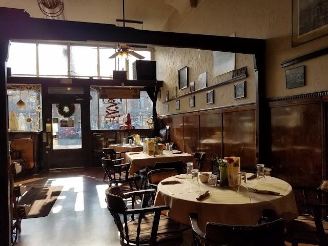 Two-Bit Street Café