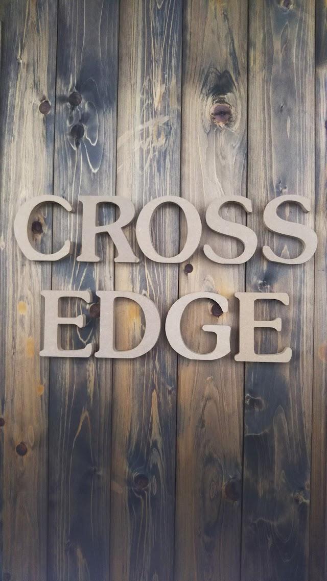 STUDIO Cross Edge
