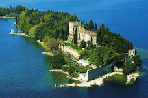 Sirmione Tour, Sirmione, Italy