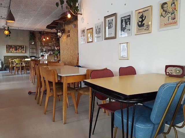 Super Cafe