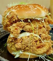 Chick Boss & Pizza Parlour Kasur