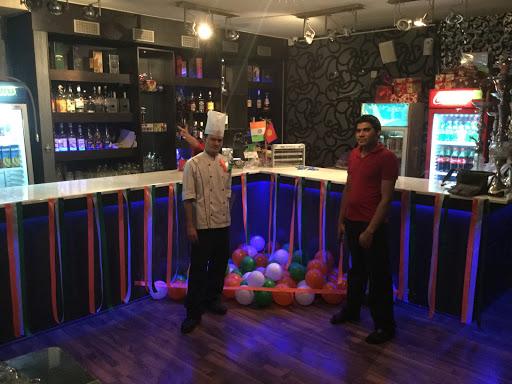 Sugar & Spice Indian Cafe Bar