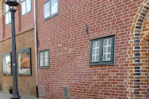 Das Schwangere Haus, Luneburg, Germany