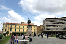 Statua di Vittorio Emanuele II, Pisa, Italy
