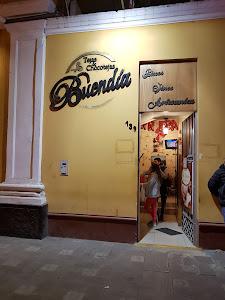 Sra. Buendia - Tejas y Chocotejas 1