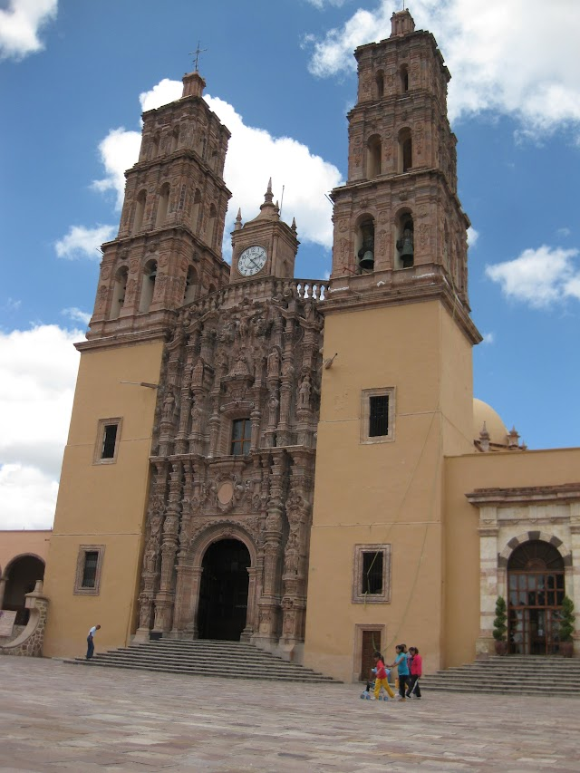 iglesia de dolores hidalgo guanajuato