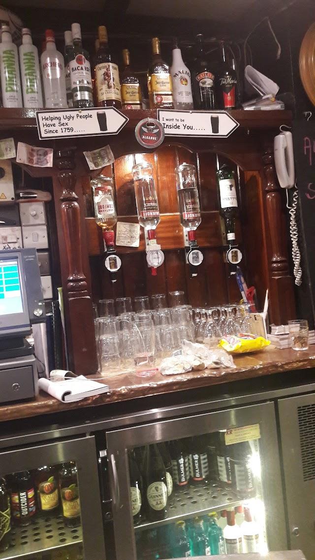 Sally Longs Rock Bar