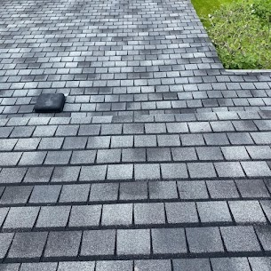 roof cleaning in maple ridge