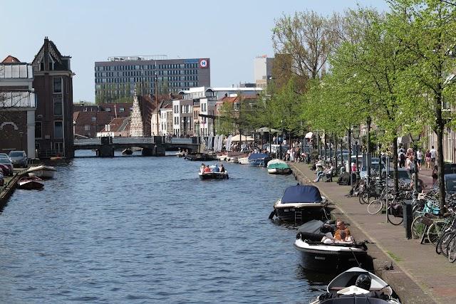 Sloepdelen Leiden