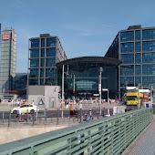 Станция  станции  Berlin Hbf