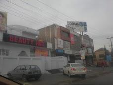 Beauty Hut