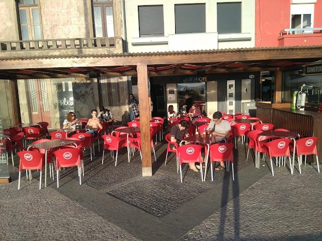 Surfjah Café