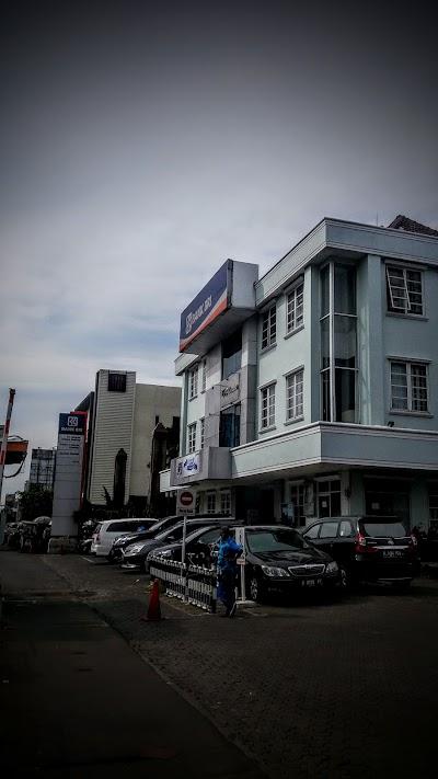 Bank Bri Kc Kelapa Gading Kota Administrasi Jakarta Utara Jakarta