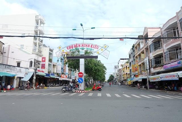 Night Market Ninh Kieu