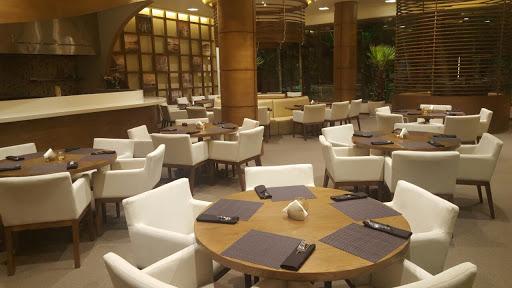 Garnish Cafe Restaurant