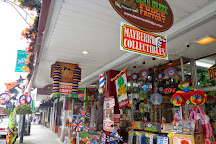 Bear Creek Gifts And Bear Creek Fudge Factory, Mount Airy, United States