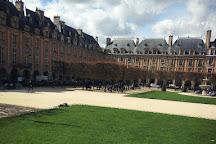 Place des Vosges, Paris, France