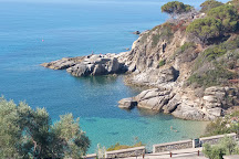 Spiaggia di Cavoli, Seccheto, Italy