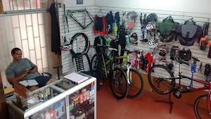 El Piñon Loco - Taller de bicicletas 2