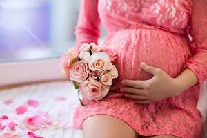 Nataly Danilova Maternity and Newborn Photography