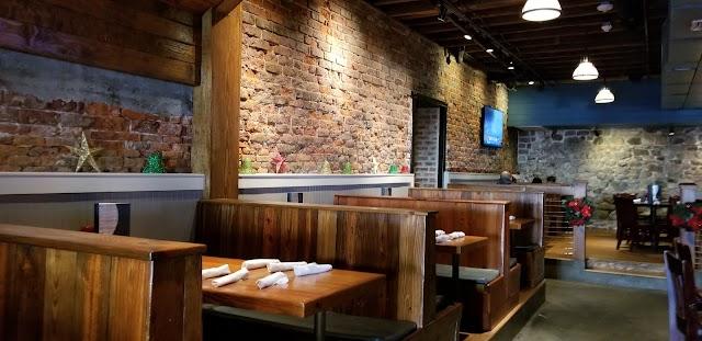 Barracuda Bob's Bar & Grill