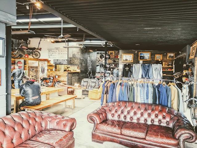 Iron & Resin Garage