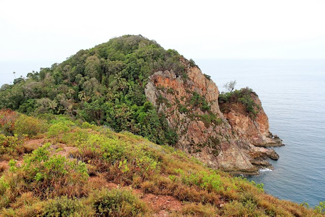 The Peak Of Rawa Island