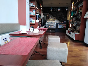 Raw Café 2