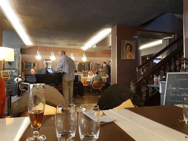 La Brasserie Côté Cour