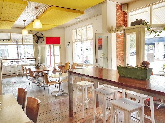 Hubbles Yard Cafe