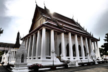 Wat Intharam Worawiharn, Bangkok, Thailand