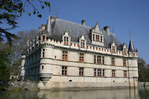 Visit Office de Tourisme d\'Azay-le-Rideau on your trip to Azay-le-Rideau