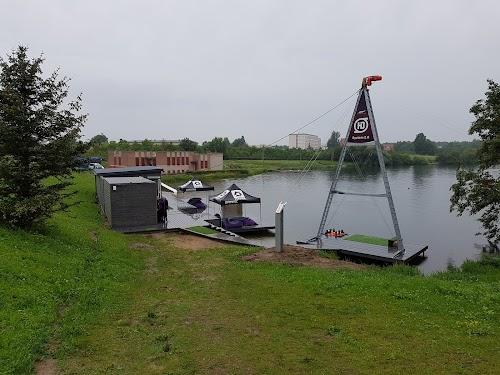Dock 7 Vandenlenčių Parkas