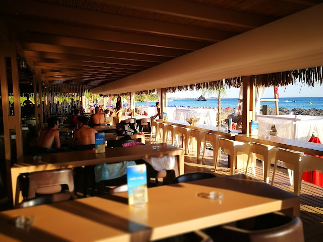 Costa Costa beach club