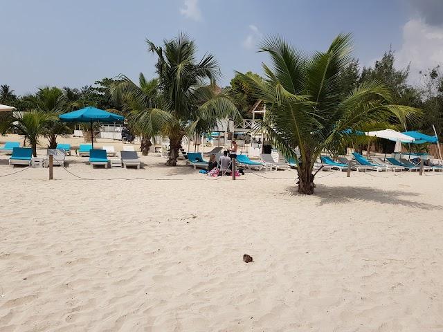 Assinie Beach