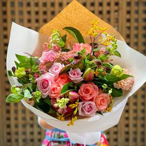Alice's flowers & designs
