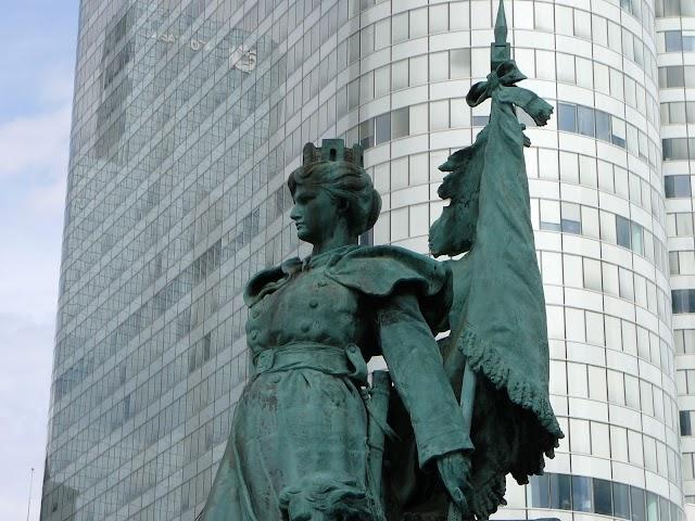 Sculpture La Défense de Paris (Barrias)