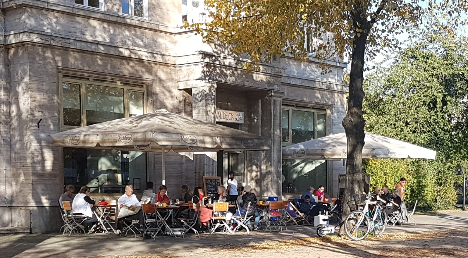 Saaldeck Café & Bar: A Work-Friendly Place in Berlin