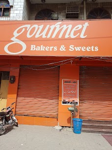 Gourment Sweets and Beakers Sialkot