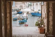 Porto antico di Monopoli, Monopoli, Italy
