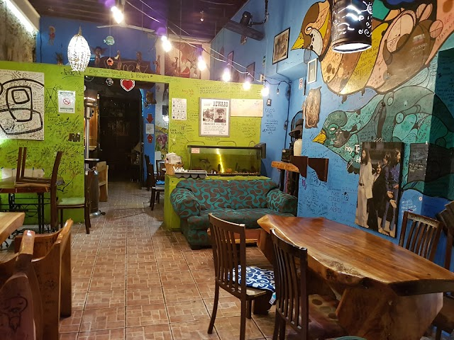 Cafe Trece Lunas
