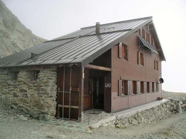 Schreckhornhütte SAC