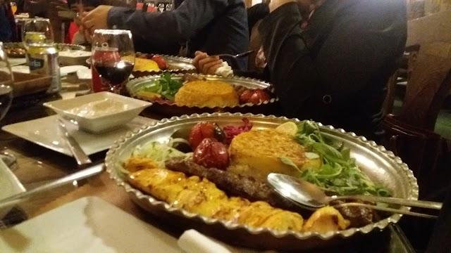 Saheb Gharanieh Cafe Restaurant