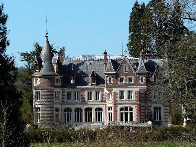 Château de Livet-sur-Authou
