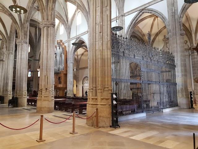 Catedral Magistral De Los Santos Niños