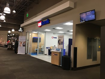U.S. Bank - Customer Advisory Center Payday Loans Picture