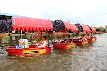 Floating Market Lembang, Lembang, Indonesia