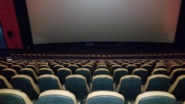 Regal Cinemas Independence Mall 14 & RPX