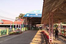 Bueng Chawak Chalermphrakiat, Doem Bang Nang Buat, Thailand