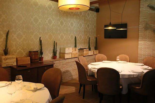 Tiku& Mato Restaurant